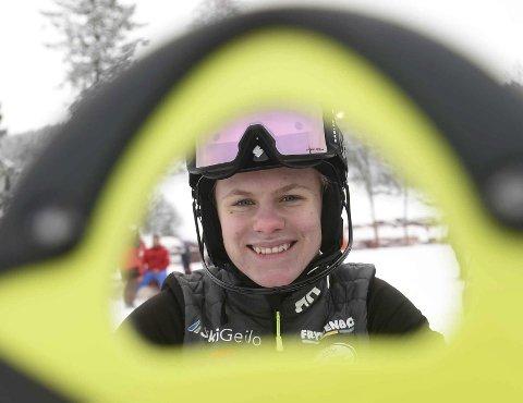 LYKKELIG: KIF-jenta Anine Thoresen vant best av alle i U18-klassen under utforrennet i Fartsuka torsdag.