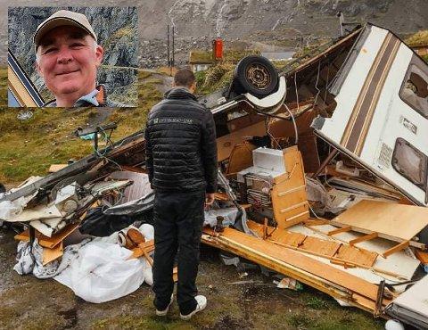 Per Benjaminsen (innfelt) sin campingvogn, som Gabriele Girotto har bodd i, ble ødelagt i uværet.