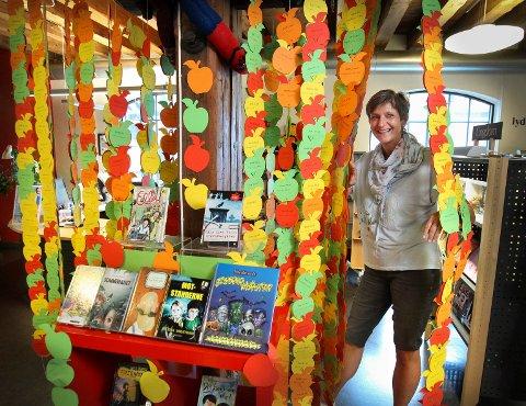 LES: Moss bibliotek skal for 3. året på rad være med på den digitale sommer lese kampanjen «Sommerles», forteller Kristin Novang Pedersen.