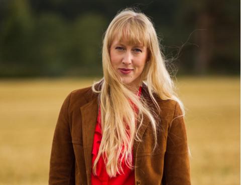 SOLOPROSJEKT: Sanger og låtskriver Ellen Marie Løkslid slipper ny musikk under  artistnavnet Elly.