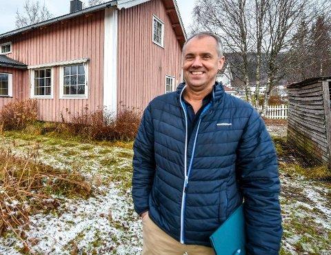Konstituert daglig leder i DnB Eiendom, Finn Hugo Amundsen forteller at de skal ansette flere eiendomsmeglere.