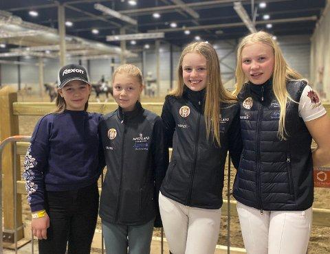 Samlet gjeng: F.v. Tuva Petrine Kristiansen, Vilja Lyngseth Gruben, Ingrid Sandhei Bjørklund og Kine Husveg Almli.