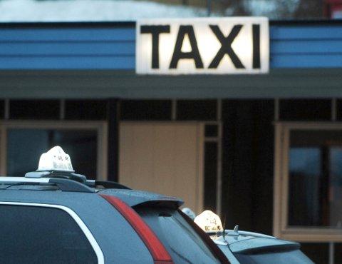 Til tross for takstøkninger sto taxiomsetningen  stille i Kristiansund i fjor.