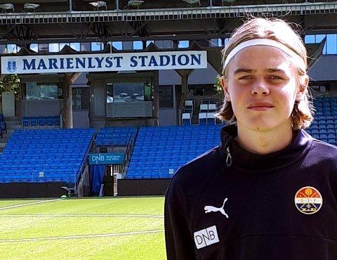 Andreas Rosendal Nyhagen (20) reiste fra Valdres til Drammen for å oppfylle drømmen om Eliteserie-spill. Nå har venstrebacken signert proffkontrakt og fått sin A-lagsdebut.
