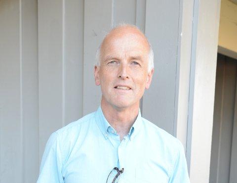 KLARFORNY7-TOPPTUR: Jan Håvard Skjetne tar gjerne noen stolper og geocacher også, når han først er på tur.