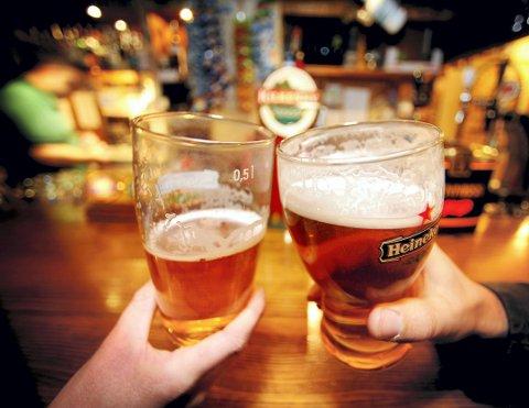 En ny undersøkelse beviser at litt alkohol løsner på tungebåndet når du skal snakke et fremmedspråk