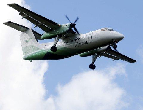 PROPELLFLY: Det er lett å se når én av propellene til et Widerøe-fly ikke fungerer. Dette bildet er kun brukt som illustrasjonsfoto.