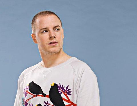 Fredrikstad-artisten J.Bayou, eller Jørgen Johnsen som han egentlig heter, gjør uventet suksess i Brasil.