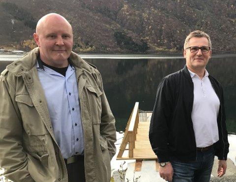 TIL KAMP: Rune Østergren (t.v.) og Dagfinn Olsen er samstemte i kravet om mer penger til båtforbindelsen mellom Evenes og Kjeldebotn.