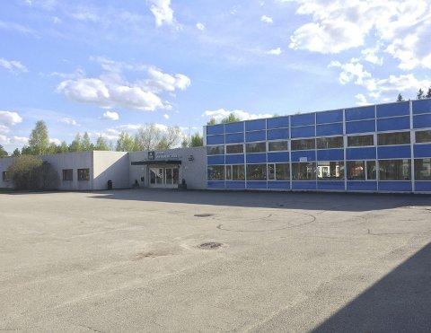 Må flytte: Mye tyder på at elevene ved Skarnes videregående skole flyttes til Kongsvinger. Foto: Lars Fogelstrand