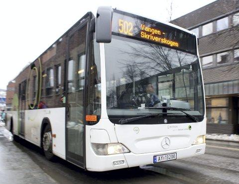NY BYBUSS-LINJE: Stadig flere kollektivbrukere velger å bruke de to bybuss-linjene i Kongsvinger. Til høsten starter en tredje rute med timesavganger mellom Roverud og Galterud.