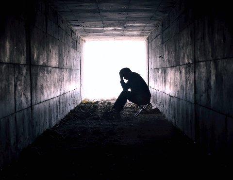 Etterlyser bedre beredskap: Flere selvmord i Lillehammer-distriktet den siste tiden har skapt debatt om hvor godt hjelpeapparat det offentlige har for å forebygge slike hendelser. I dag snakker et foreldrepar som mistet sin sønn om hva de mener kommunen bør gjøre.Illustrasjonsfoto: NTB Scanpix