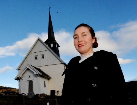 SOLIST: Ruth Olina Lødemel skal synge under midtnattsmessen i Skei fjellkirke.