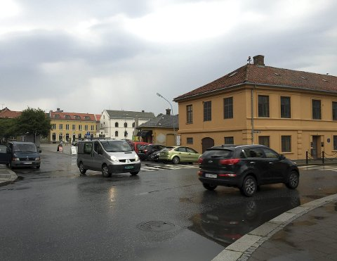 SOMMEREN 2015: Regnet har ikke bare inntatt Halden, men også Danmark der vår gjesteskribent Bjørn Andersen oppholder seg.