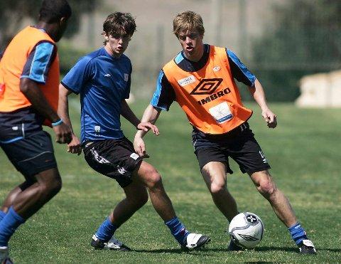 SNART SLUTT: Johnny Furdal var med FKH på treningsleir på La Manga i mars 2006. Like etter forlot han klubben. Her i aksjon med Paulo Dos Santos og   Tor Arne Andreassen.