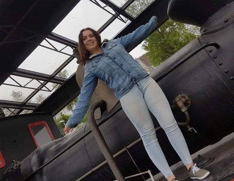 Johanna Halland vil studere og bo i en campingvogn.