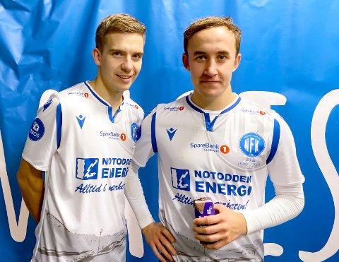 - Rykker ikke ned: Notoddens larviksgutter, Henrik Gustavsen (t.v.) og Martin Brekke, tror klubben skal ta nok poeng til å ikke rykke ned til 2. divisjon. Søndag ble det imidlertid et klart 0-3-tap mot deres tidligere klubb Sandefjord Fotball.