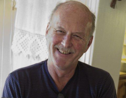 Ole Geir Haugerud kan brumme litt, men er glad i barn, dyr, musikk, bøker, baking og annen matlaging.