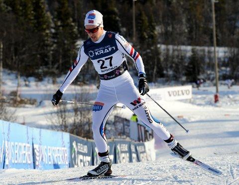 HAR TATT STEG: Leif Torbjørn Næsvold fikk en god start på sesongen selv om han mislyktes i hoppbakken under de to NM-konkurransene.