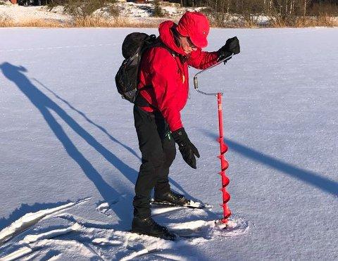 HULL: Turistforeningen har sjekket grundig isforholdene på Goksjø.