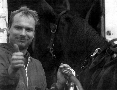 KUSKESEIER: Inge Øyen var godt fornøyd med egen kusking av Nuvre Tussa. Hoppa vant hovedløpet.