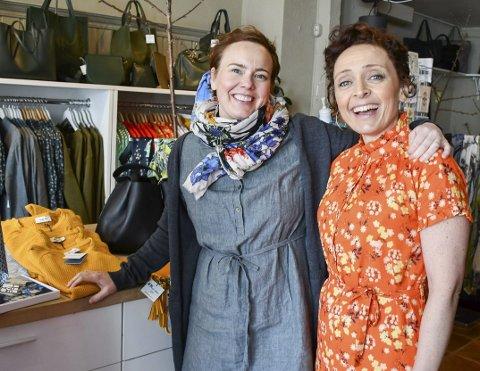 Ny butikk: Siri Brodersen og Camilla Grantham selger sine agenturvarer i butikken SB Siri Brodersen. Nå satser de på å selge sine merkevarer også til andre butikker i Norge. Butikkvirksomheten er flyttet fra Grisen til sentrum.Foto: Mette Urdahl