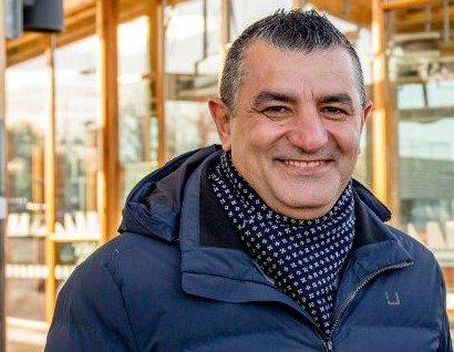 Jafar Altememy er administrerende direktør i Viken kollektivterminaler FKF.
