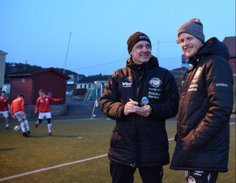 Ole Tom Røynestad (t.v.) og Øyvind Maude Nedland i FFKs trenerteam.