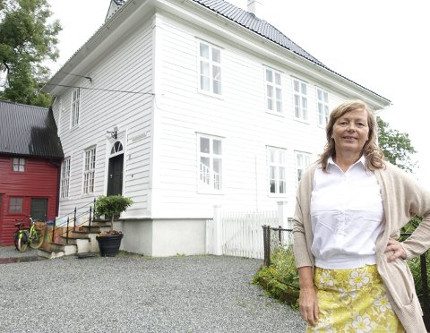 Presteboligen på Kanonhaugen 39 på Landås leies av stiftelsen Lystgården der Liv Karin Lund Thomassen er daglig leder. Husleien er symbolske tusen kroner året. FOTO: EIVIND A. PETTERSEN