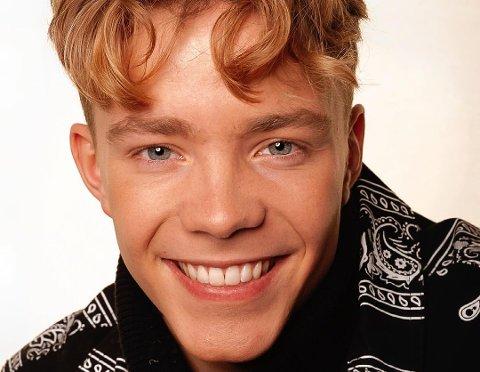 FAMILIEKONSERT: Kevin Haugan synger, danser og er skuespiller. 3. juni kan du møte han i Vikersund.