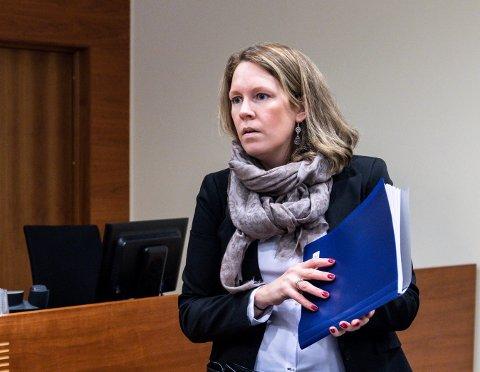 FORSVARER: Advokat Julie Conradi-Larsen er forsvarer for den kvinnelige byggesaksbehandleren, som ble regnet som hovedperson i korrupsjonssaken. Dommen på fem og et halvt års fengsel blir stående.