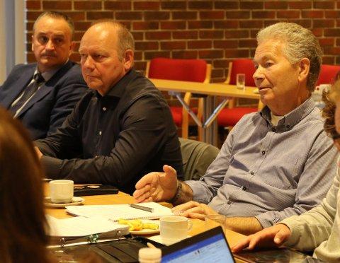 SVARAR PÅ TILTALE: Leiaren i Kinn Sp, Nils Myklebust, svarar på Ola Teigen sitt innlegg «Kva skal ein stemme på, er spørsmålet. Kinn eller kaos?»