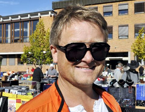 MARKED: Uno Arnesen lover at det blir kremmertorg på rådhusplassen lørdag 20. mai.