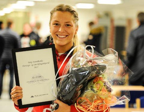 Emilie Ingerø, 21 år gammel spydkaster, er tildelt Berg Sparebanks trenings- og utviklingsstipend.