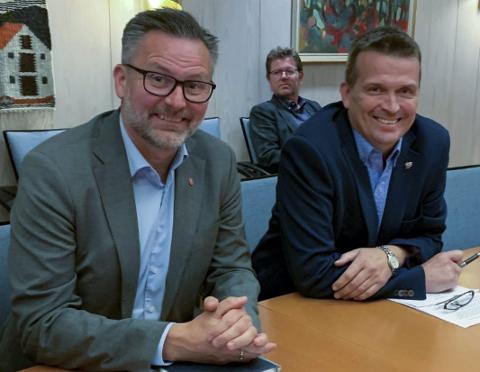 Ordfører Nilsen og varaordfører Grindhaug i Karmøy kan ha lurt seg selv under styringsgruppemøtet i Haugalandspakken 5. mai.
