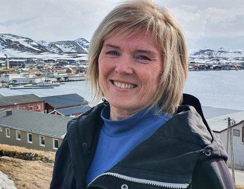 BEST POLITIKK: Torill Olsen mener Senterpartiet har den beste og klareste distriktspolitikken. Bildet er Mehamn, stedet der hun vokste opp. Mandag var hun på jobb der.