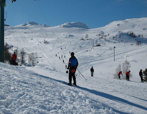Her frå Fjellhaugen skisenter ein vinterdag for nokre år sidan. (Arkivfoto).