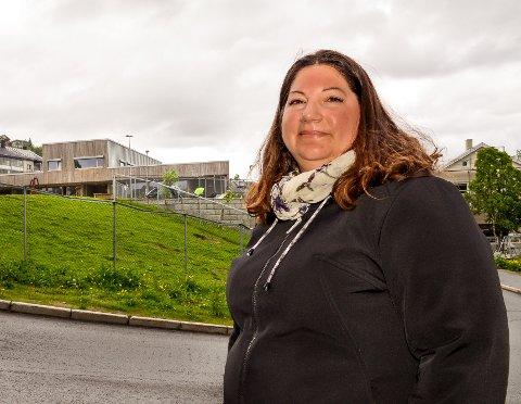 ADVARTE: Tone Marie Myklevoll frykter at sommerskole i Tromsø kan gå ut over driften av skolene resten av året.