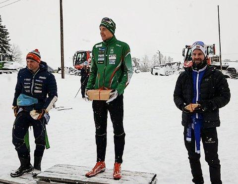 Seierspallen i herreklassen i Gransmarkrunden; fra venstre Thomas Fenne, Atle Smenes og Geir Olav Larsen.