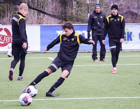 MØTER GAMLEKLUBBEN: Nykommer Sander Werni - her på trening på Nammo stadion i påsken - får muligheten til å vise seg fram mot blant annet Vålerenga i treningskamp.