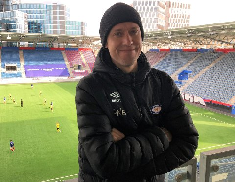 DRØMMEJOBB: Som Vålerenga-supporter har Ringelia-mannen Morten Nydal en perfekt jobb i klubben han elsker.