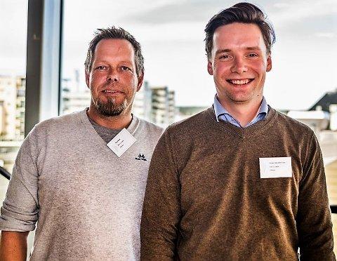 SER FREMOVER: CEO Knut Ruud (t.v.) fra Rakkestad, og daglig leder Simen Torp Halvorsen ser frem til lanseringen av Bee Concepts trygghetsalarm.