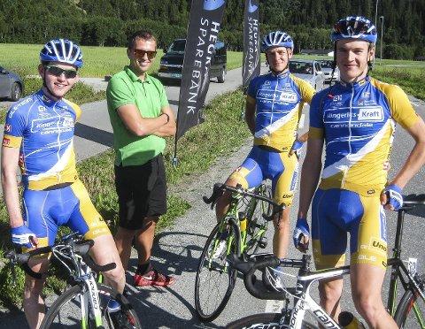 I form: Njål Kleiven, Lars Holm (sportsdirektør), Audun Brekke Fløtten og Ole Forfang reiser til Harstad med ambisjoner.