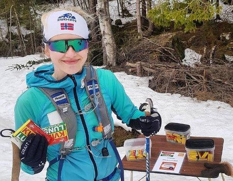 FANT SJOKOLADE: Solveig Steen Hofstad var på tur sammen med sin far når de oppdaget boden man kunne forsyne seg av.