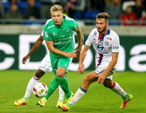 INGEN NY KLUBB: Alexander Søderlund må i stedet kjempe seg inn på laget i St. Etienne igjen.