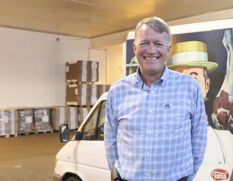 20 PROSENT MER: Eier og daglig leder ved Toma Mat i Haugesund, Rolf Magne Strømme, forteller at produksjonen er økt med 20 prosent hittil i år.