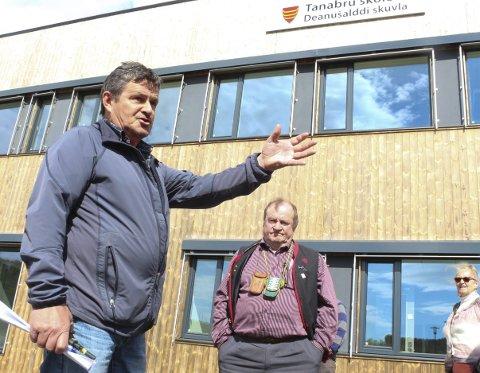 PROSJEKTLEDER: Odd Reidar Biti var prosjektleder under byggingen av den nye skolen ved Tana bru. Om få dager er han i gang med byggingen av nytt basseng, sammen med de samme entreprenørene. FOTO: EILIF ASLAKSEN