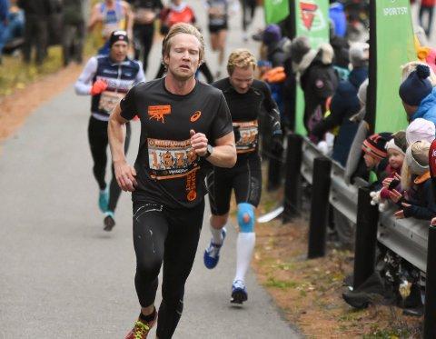 Jens Bjertnæs sikret 4. plass på 10 kilometer i Drammensmaraton. Arkivfoto: Arne Tvervaag