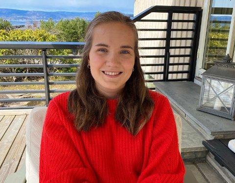 Marie Rønnevik er 22 år og fra Bjørnemyr. Denne sommeren har hun jobbet og vært på norgesferie. Mens hennes aller beste sommerminne er fra familieferien på Kreta.