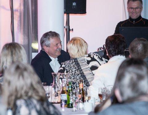 En meget glad Jostein Trædal idet det gikk opp for ham at det var han som vant Hedersprisen 2016.
